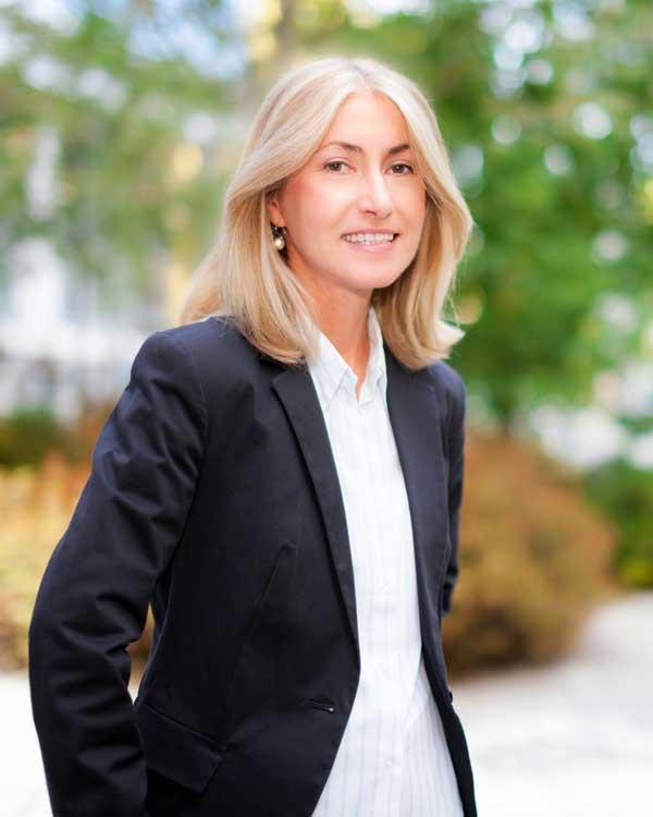 Jessica - Business executive
